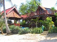 Koh Samui Beachfront Villa for up to 6 persons, Sand Beach, Jacuzzi, Swimming Pool