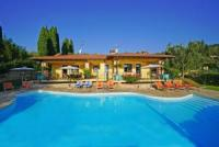Beautiful Villa with 2 apartments, on the Lake Garda, private swimming-pool, 4 bedrooms total
