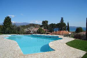 Private swimming-pool and Panorama