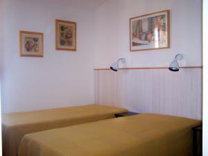 Schlafzimmer 2,  Einzelbetten