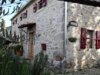 Lovingly restored Holiday Home with garden whirlpool - in Central Istria between Porec & Rovinj