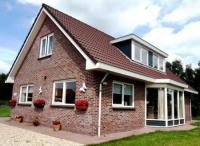 Lovely, spacious and cozy detached 8 pers. villa in the woods, near Zeewolde and Lake Wolderwijd.