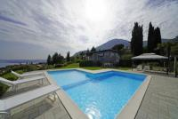 Vacation home with private pool, garden, wonderful view on the lake. Free Wi-fi, 3 Bedrooms