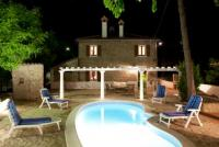 Charming Stone Villa with private pool in the best Italian hills, 20 min to the sea