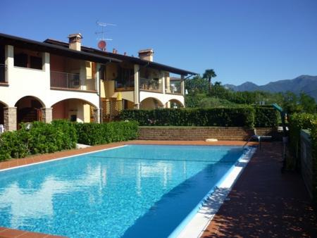 Isola del Garda, very beautiful!!