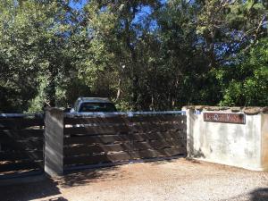 The garden gate, 1 parking behind