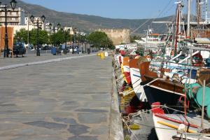 Harbour of Karystos 2