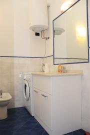 1 bathroom every apartment