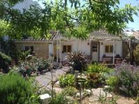 Farmhouse suitable for 4, 120sq.m floor area, child-friendly, pool. Pets permitted!